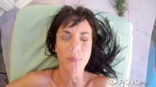 Teen Rahyndee James massage ficken