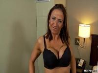 Pornos mit Mama